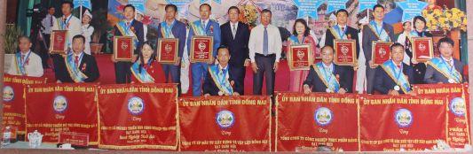 Đại hội Đảng bộ Bộ phận Công ty DNC ngày 18/12/2019 - Trao huy hiệu 30 năm tuổi Đảng